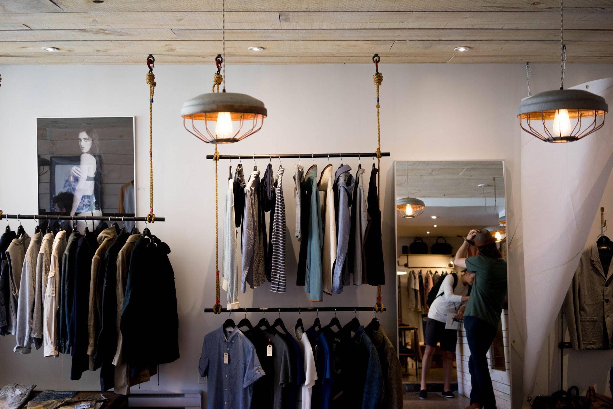 12 Real-Life Tips for Successful Retail Upselling and Cross-selling